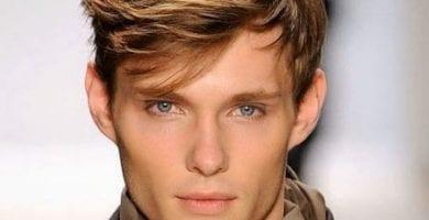 12 Opciones de cortes de cabello para hombres orejones 2