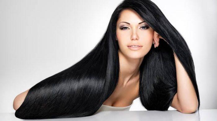 Cómo hacer el pelo liso sin planchas con 3 trucos ingeniosos que te dan un pelo liso